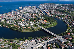 250px-Overview_of_Trondheim_2008_03